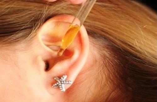 Как закапывать капли в ухо