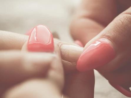 Что делать при псориазе ногтей?