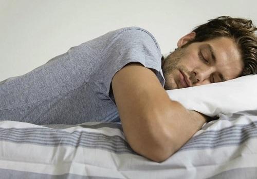 Псориаз на голове: Как улучшить сон